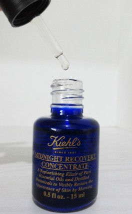 Regenerates,Restores and Replenishes Skin .For Smooth and Healthier Skin.